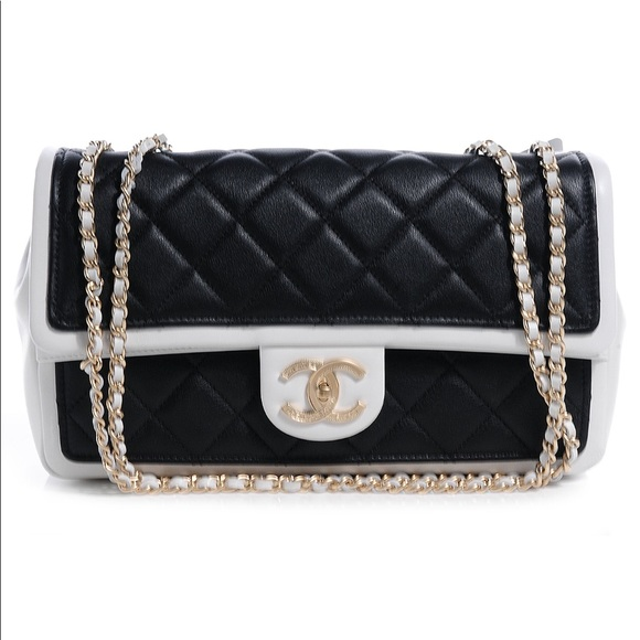 CHANEL Bags   Black And White Authentic Flapbag   Poshmark feead22735